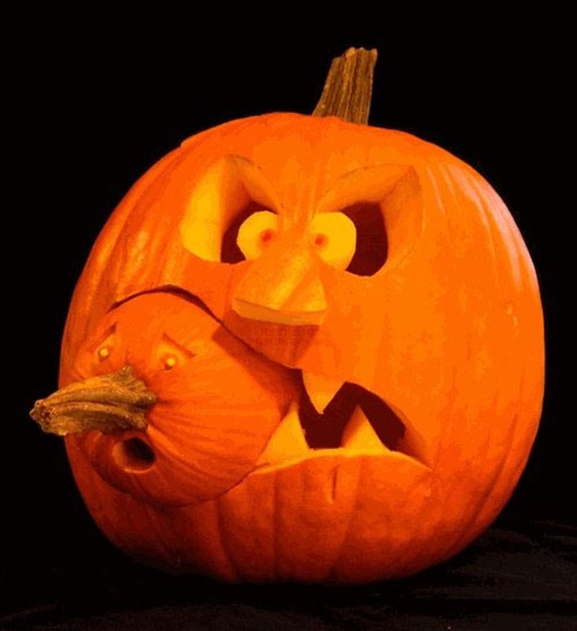Creative-Halloween-Pumpkin-Carving