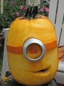 funny-Halloween-pumpking-minion