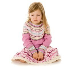 family photograph-wrong dress-saddest-little-girl